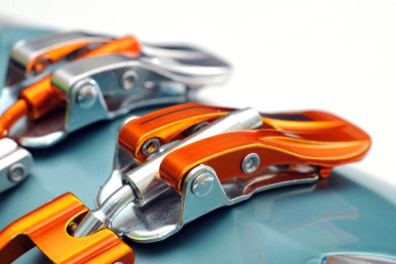 Buty muszą mieć solidne zapięcia (Shutterstock)