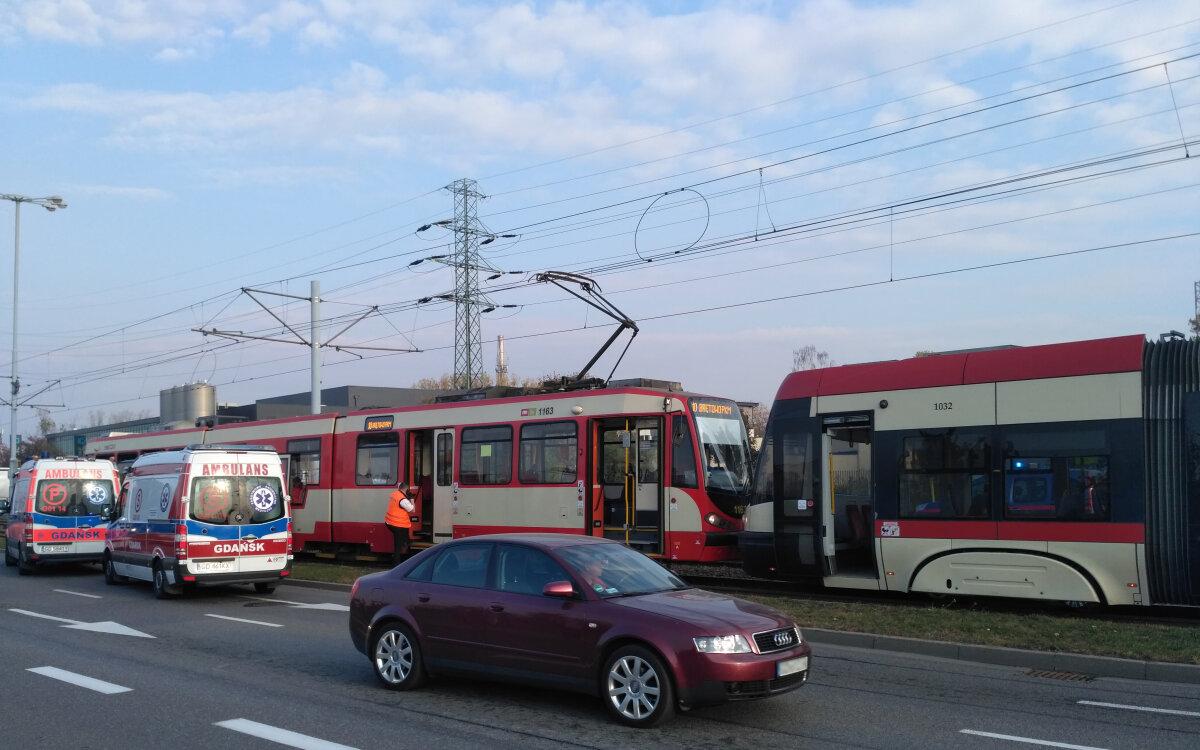 Zderzenie tramwajów, ranni.